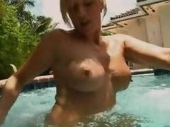 Estimable Golden-haired MILF Blowjobs In The Pool