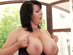 Dude this biatch Kora has some of the almost all excellent big tits ever seen, see her showing 'em off and playing with 'em and shaking 'em all over the place