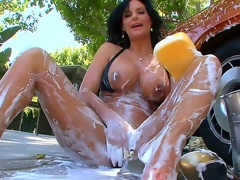 The kinky milf with big tits and big round a-hole Phoenix Marie is outdoor washing the car and also foaming her own hawt body that is stretched and willing for masturbation
