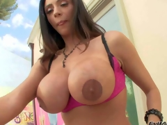Ariella Ferrera is a gorgeous dark haired hawt milf with perfect body. Sexy woman spreads her round buns and shows her asshole in advance of she demonstrates her huge fake mambos