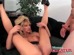 Milf fuck porn with a cumshot on her hawt milk shakes
