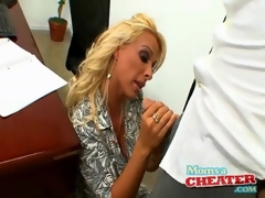 Boss hottie Holly Halston sucks cock in office
