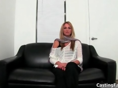Blonde babe wants nigh become oustandingly