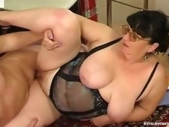Obese matured honey teasing a hung security to win his mint pang load of shit